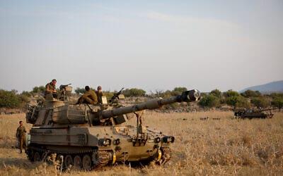 Военные ЦАХАЛа на границе с Ливаном фото