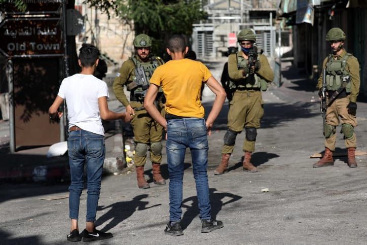 Palestintsy ustroili besporyadki v Hevrone 2