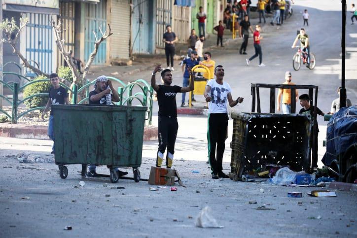 Palestintsy ustroili besporyadki v Hevrone 3