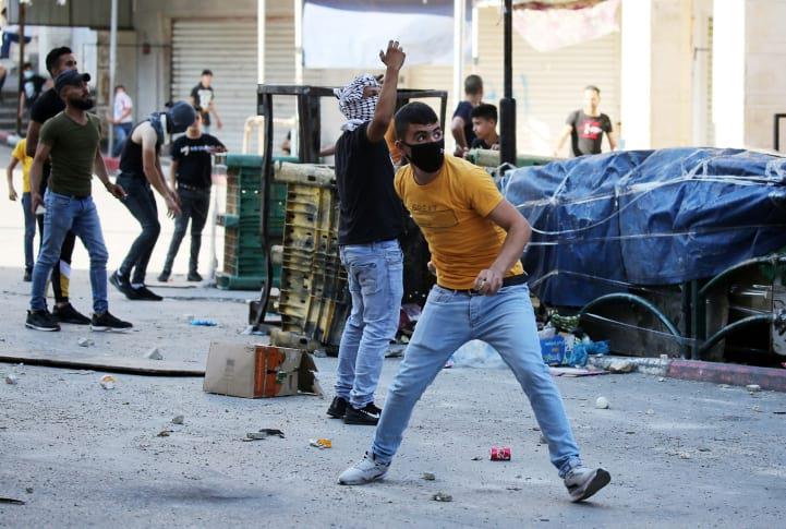 Palestintsy ustroili besporyadki v Hevrone 4
