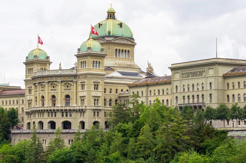 Парламент Швейцарии фото