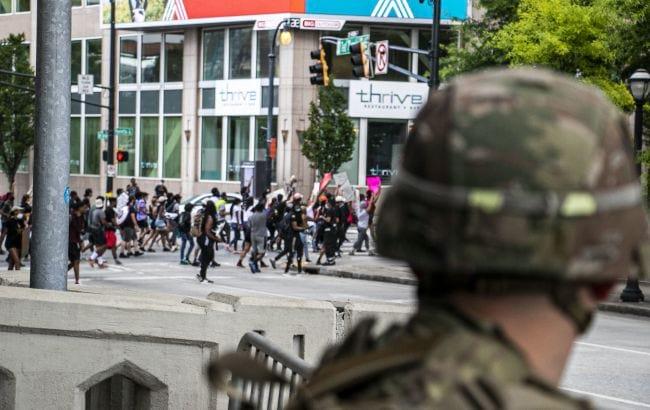 Протесты в Атланте фото
