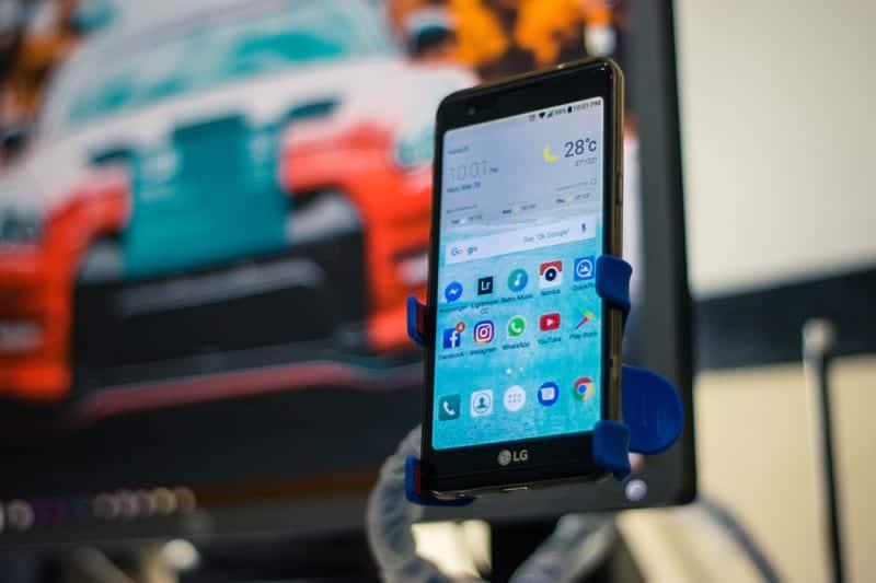 Смартфон LG фото