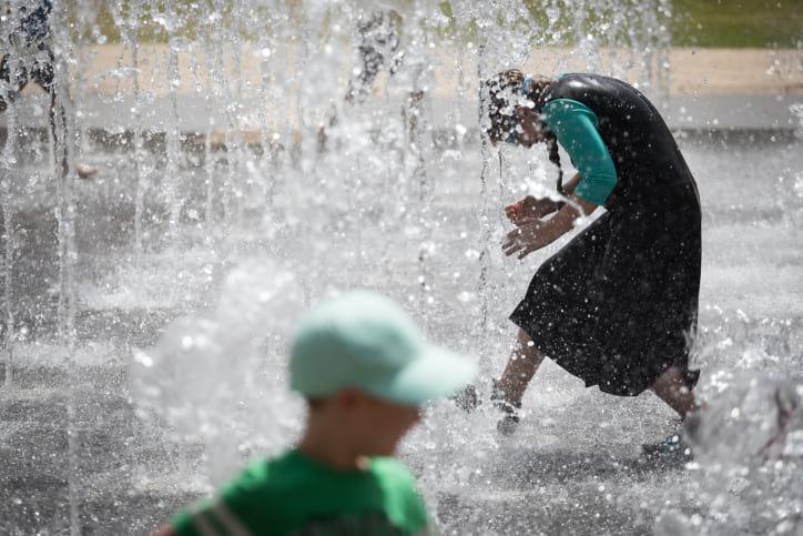 В минздраве рассказали, как израильтянам пережить экстремальную жару