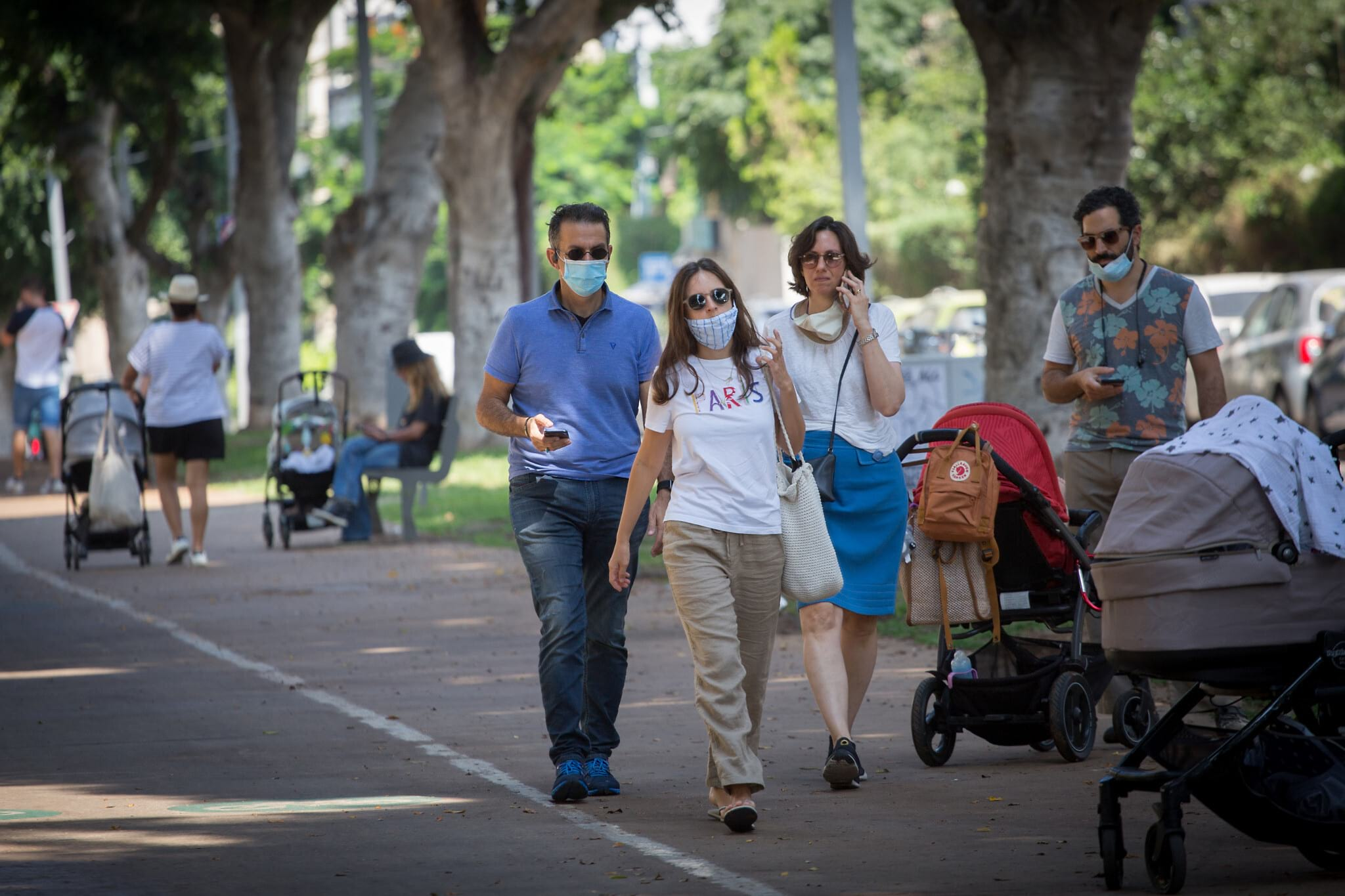 Жители Тель-Авива фото