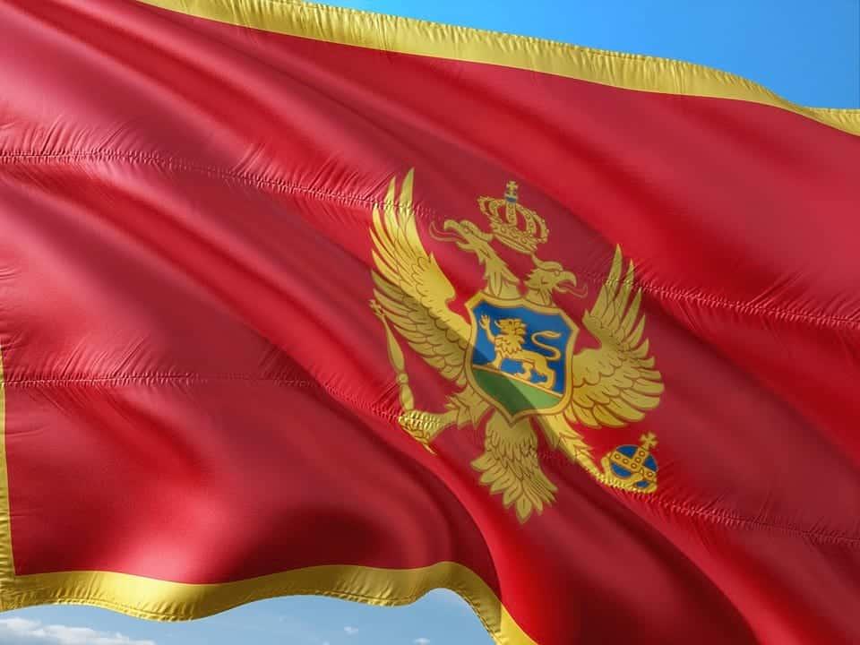 Черногория флаг картинка
