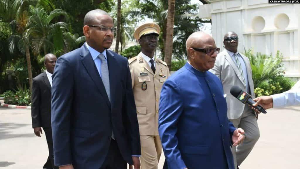 Premer ministr Bubu Sisse i prezident Ibragim Bubakar Kejta
