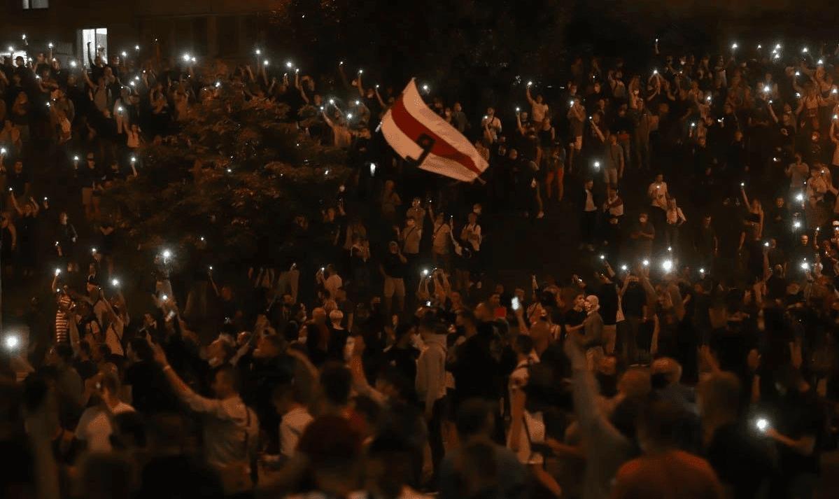 протесты беларусь фото