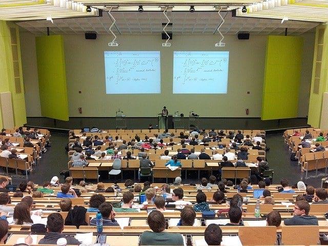 Студенты аудитория занятия фото