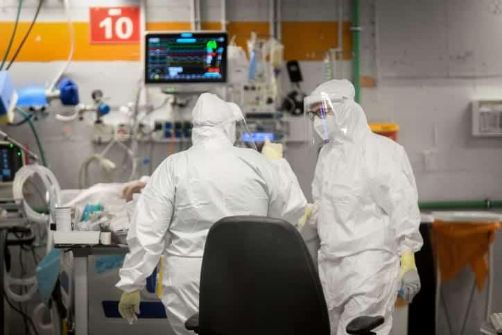 эпидемия COVID-19 в Израиле фото
