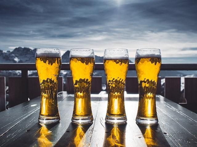 бокалы с пивом фото