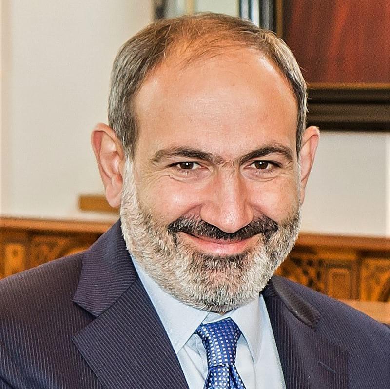 Премьер-министр Армении Никол Пашинян фото