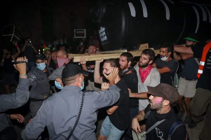 Protesty protiv Netaniyagu v Ierusalime 4