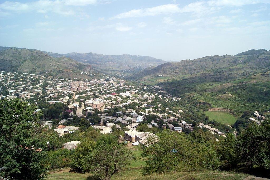 Территории, попавшие в зону военного конфликта между Азербайджаном и Арменией