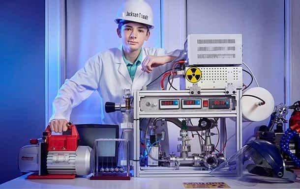 мальчик ядерный реактор фото