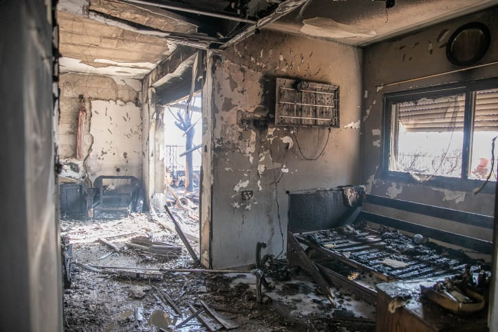 дом пострадавший от пожара израиль фото