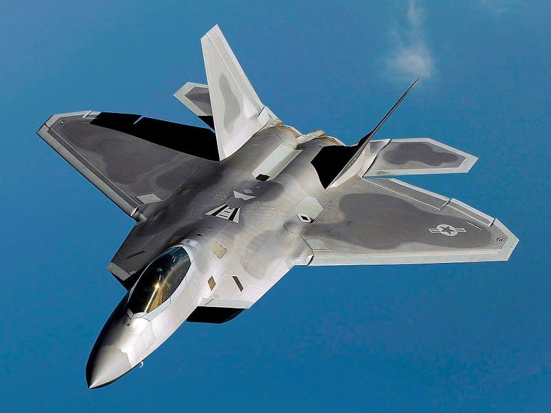 истребитель F-22 Raptor фото