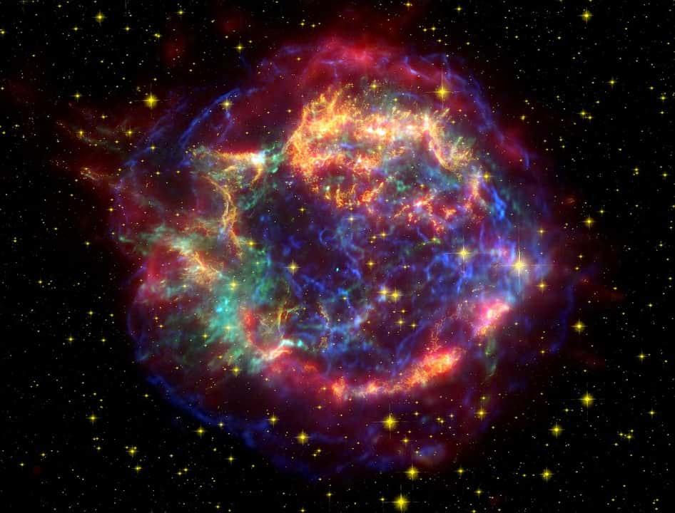 галактика кассиопея а фото