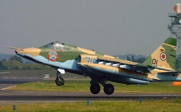 штурмовой самолет су-25 фото