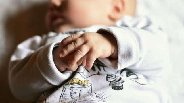 Спящий младенец фото