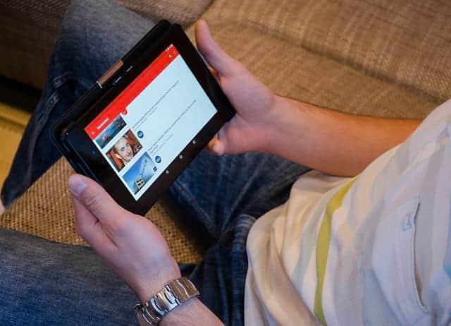 YouTube смотреть на планшете фото