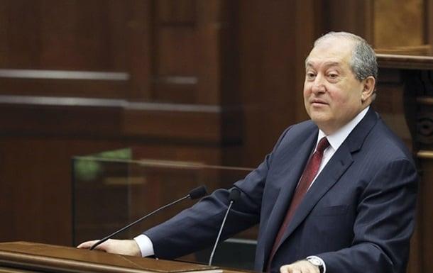 президент армении фото