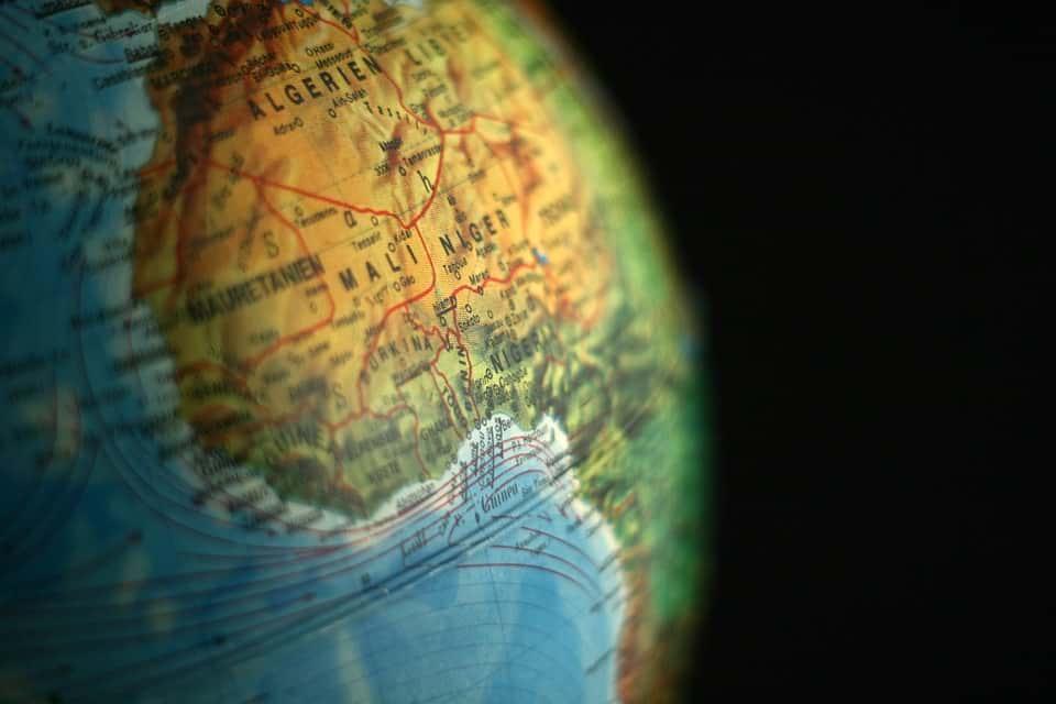 Нигерия на глобусе мира фото