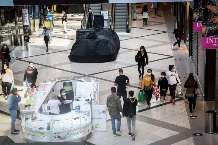 Торговые центры грозят проигнорировать требования о закрытии