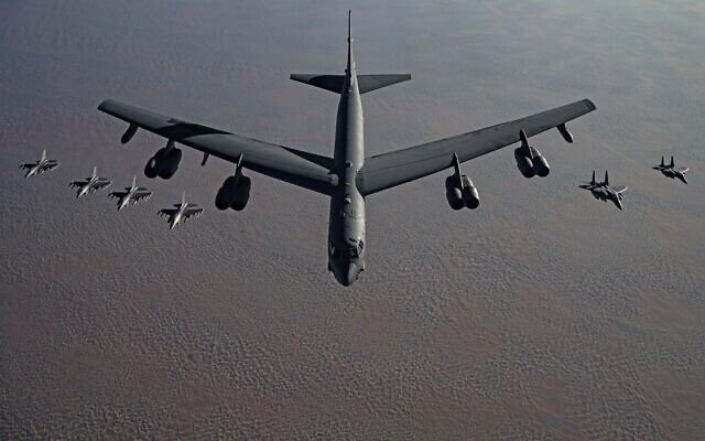 бомбардировщик b-52 сша фото