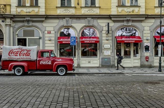 Автомобиль Coca-Cola фото