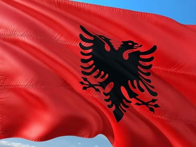 флаг Албании фото