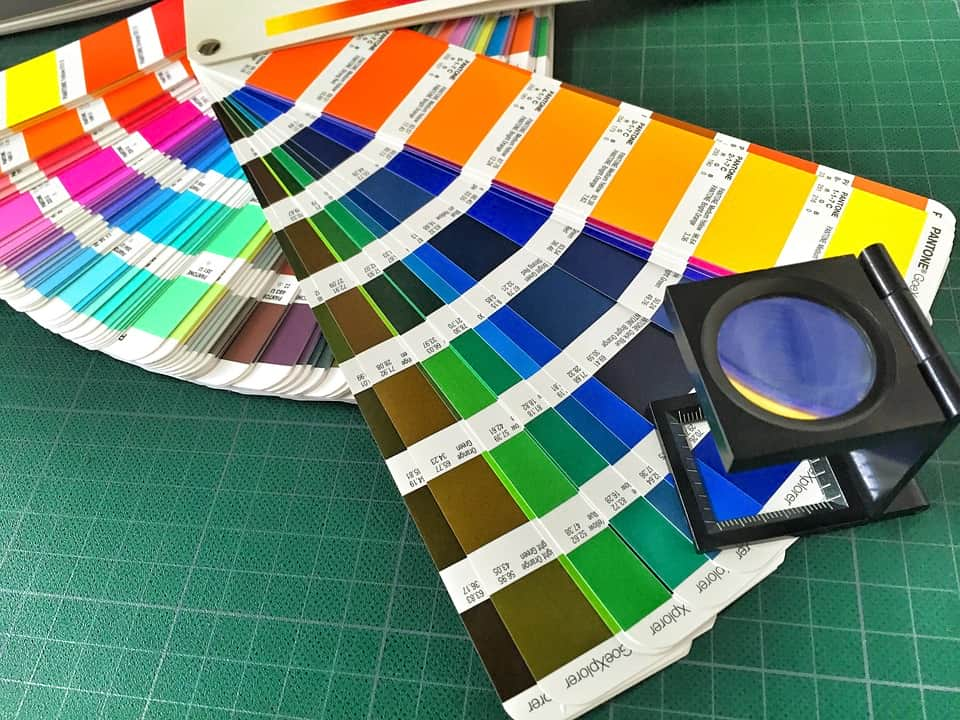 Института цвета Pantone фото