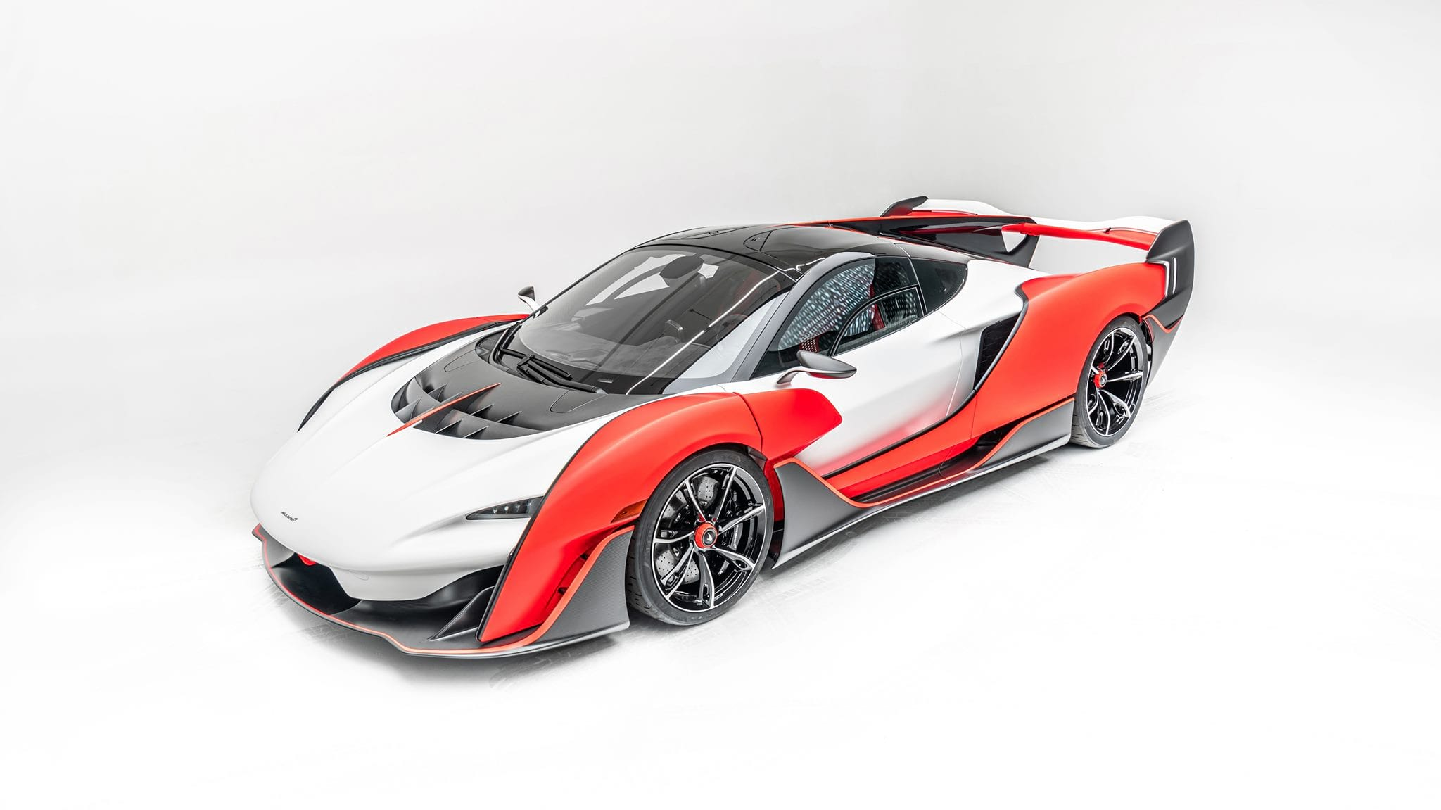 McLaren Saber фото