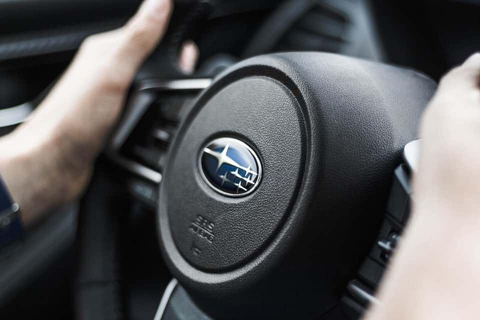 Subaru авто фото