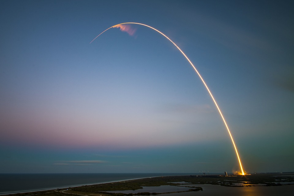 Запуск ракеты фото