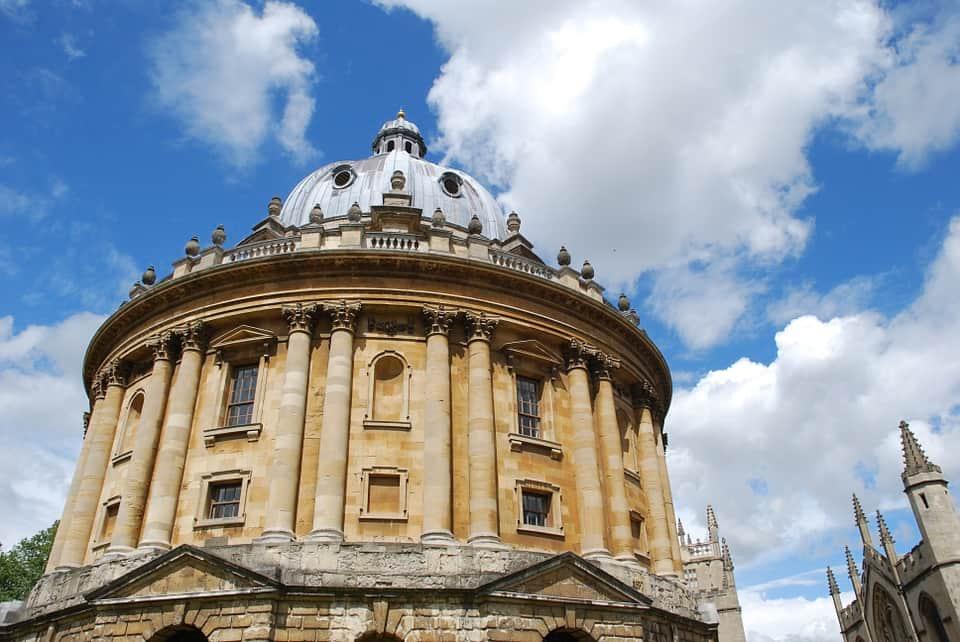 Оксфордский университет фото