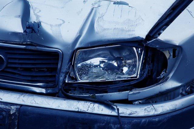 Авария разбитая машина фото