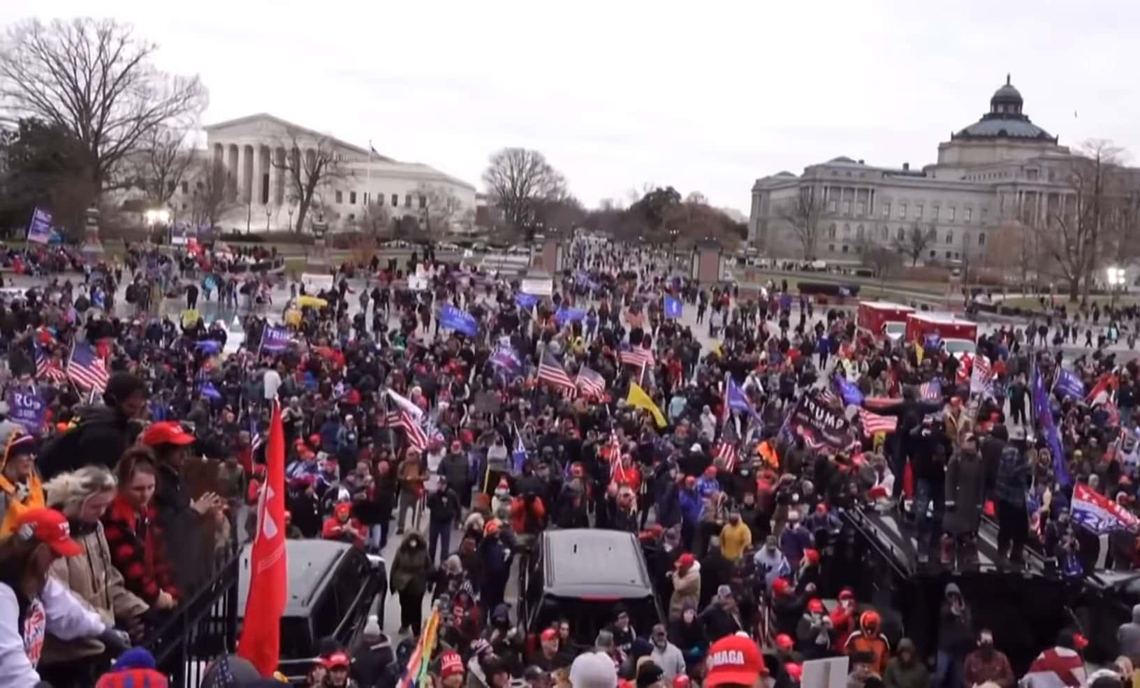 Беспорядки в Вашингтоне фото