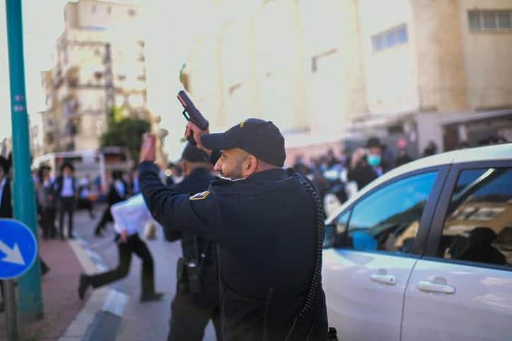 Протесты харедим фото