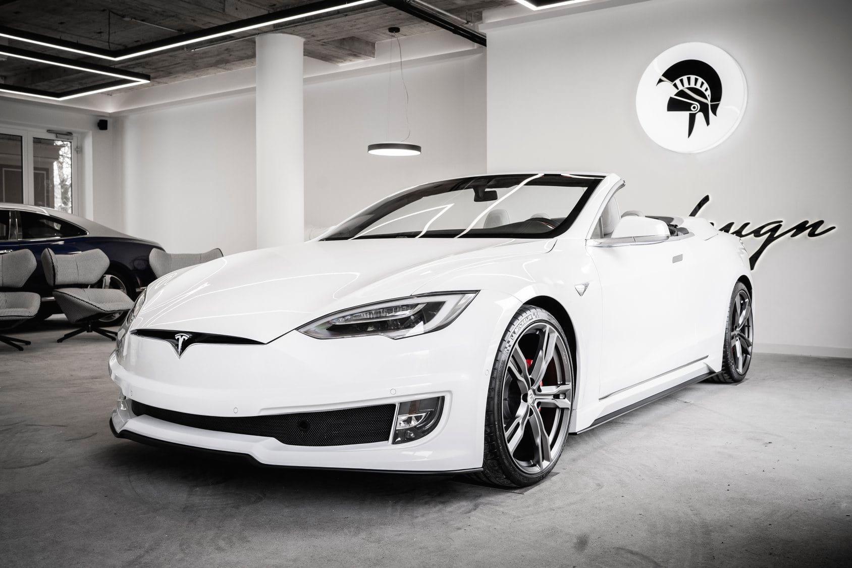 Итальянский дизайнерский дом перестроил Tesla Model S в кабриолет