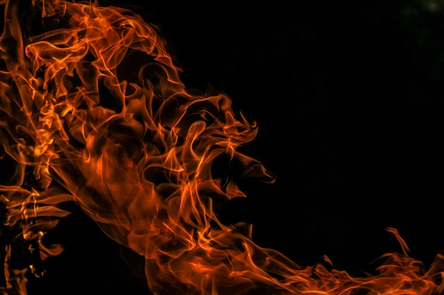 Казначею в Далият аль-Кармеле сожгли автомобиль