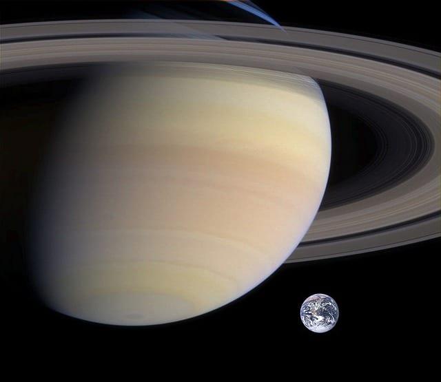 Космос Сатурн картинка