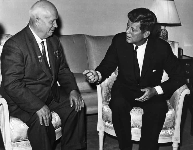 Джон Кеннеди и Никита Хрущев фото