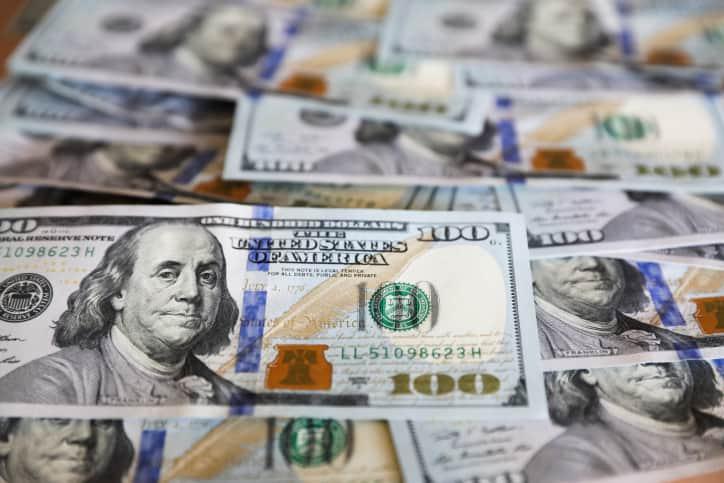 Доллары валюта фото