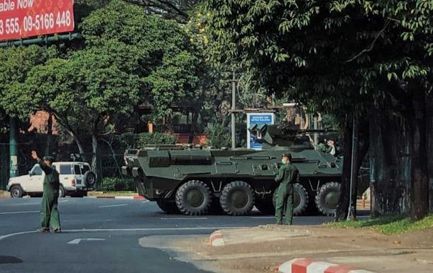 Госпереворот в Мьянме фото