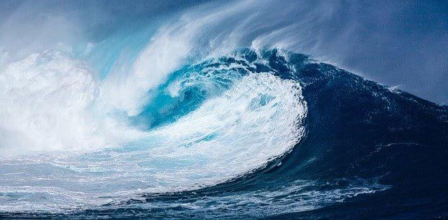 Цунами волны фото
