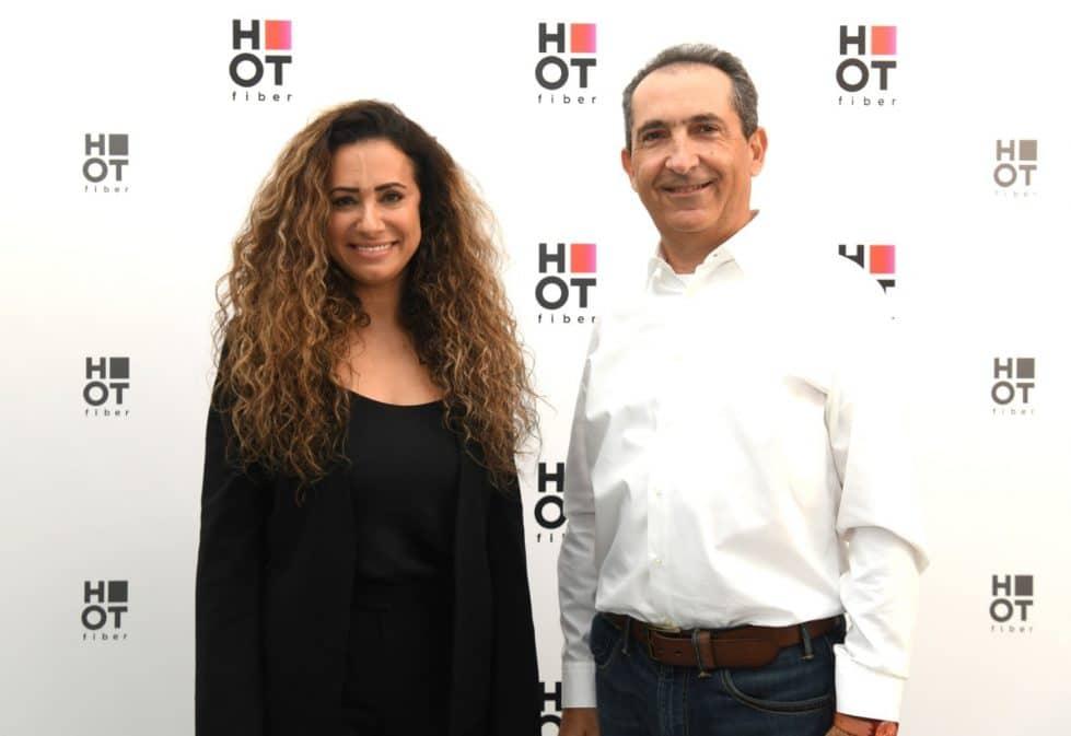 владелец контрольного пакета акций концерна Altice Патрик Драи и генеральный директор НОТ Таль Гранот-Гольдштейн фото
