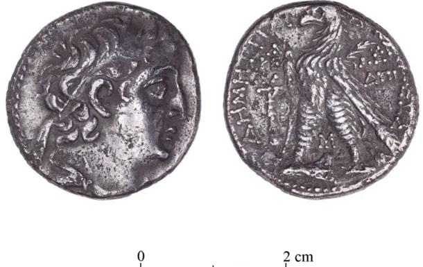Древняя монета фото