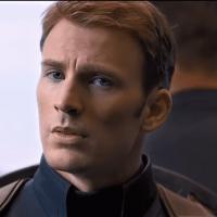Крис Эванс в роли Капитана Америки фото