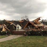 торнадо в Алабаме фото